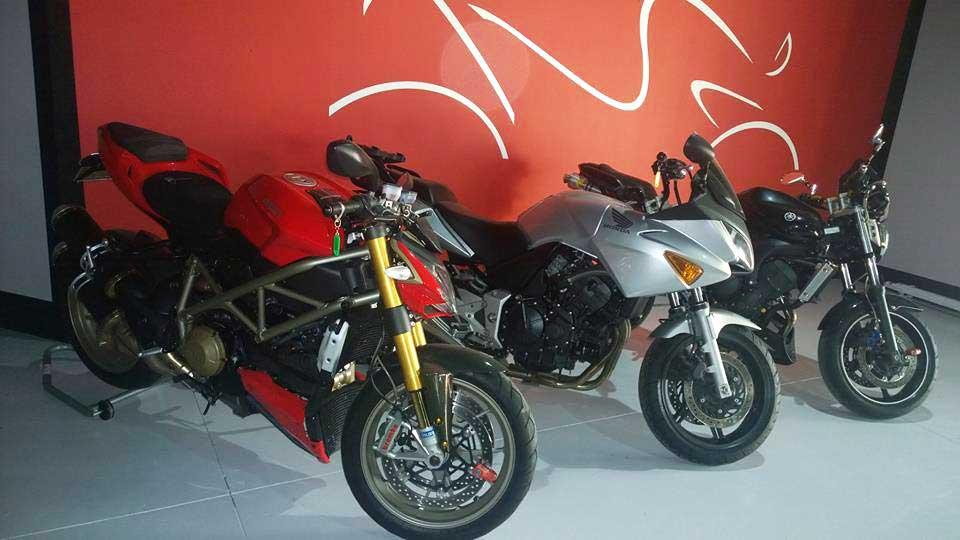 Officina di moto a Novara